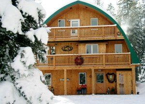 Moss Mountain Inn Snowmobile and Stay Package