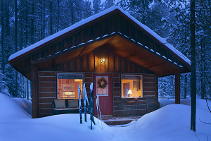 Snowmobile vacation packages in northwest montana swan for Reclusive moose cabins