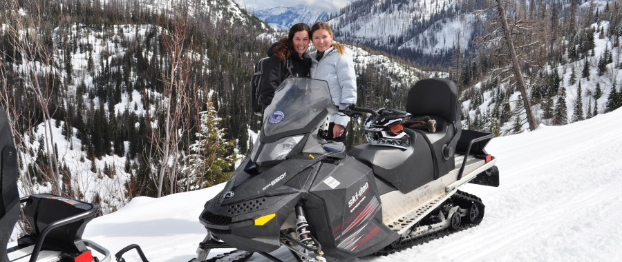 Special Snowmobile Tours